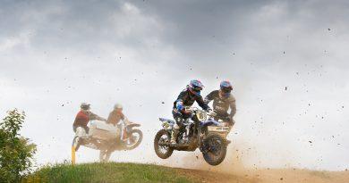 Teams beim Seitenwagenrennen